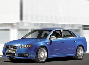 Audi RS4 2005