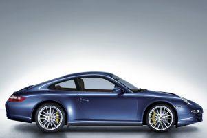 Porsche 911 Carrera 4 {997} 2005
