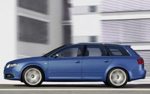Audi S4 Avant Tiptronic 2004