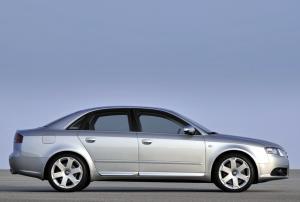 Audi S4 Tiptronic 2004