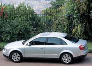 Audi A6 2.5 TDI quattro {C5} 2001
