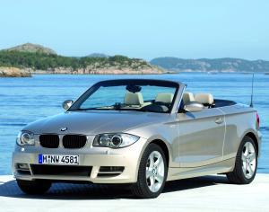BMW 125i Cabrio {E88} 2007