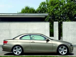 BMW 330i Cabrio {E93} 2007