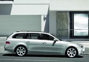 BMW 525i Touring {E61} 2005