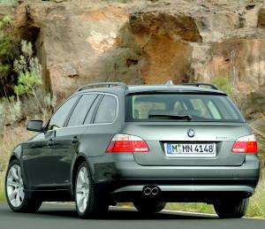 BMW 530xd Touring {E61} 2005