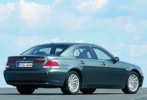 BMW 730d {E65} 2002