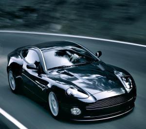 Aston Martin Vanquish S 2004