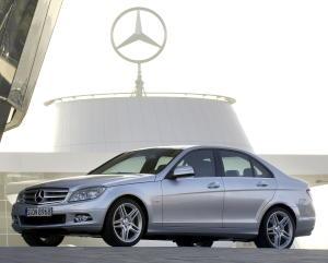 Mercedes-Benz C 280 {W 204} 2007