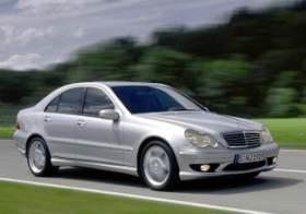 Mercedes-Benz C 32 AMG 2000